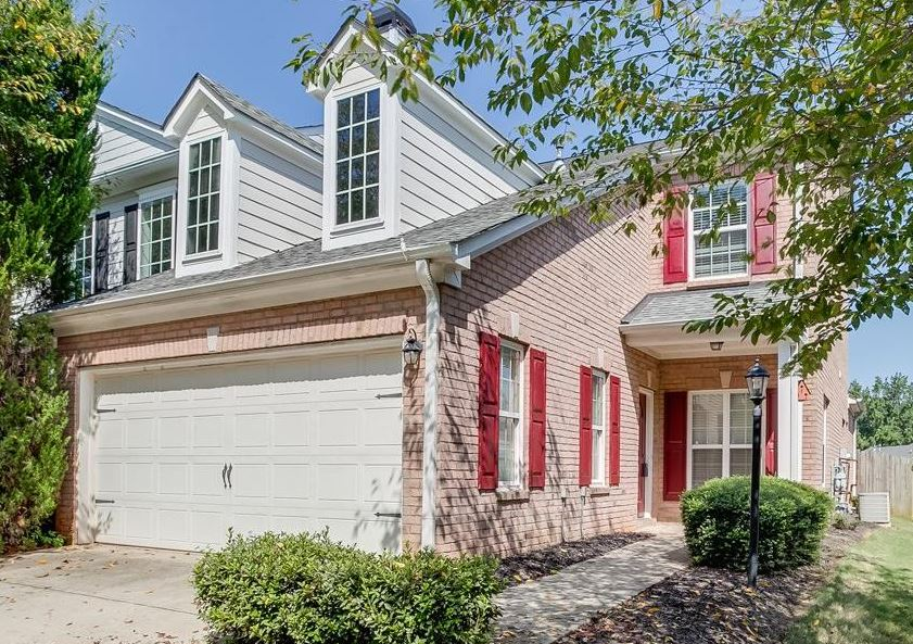 Chatham Village Buford Ga Townhome Living At Home In Buford